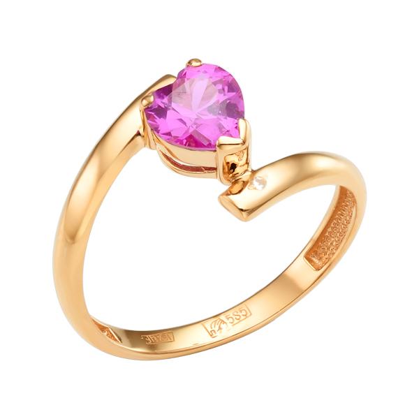 Золотое кольцо с рубиновым корундом в виде сердца