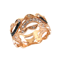 Кольцо из красного золота с белыми и черными фианитами