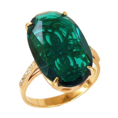 Крупный перстень из золота