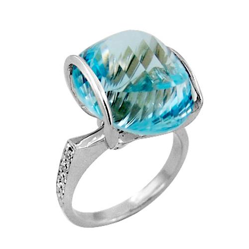 Кольцо из золота с бриллиантами и крупным топазом