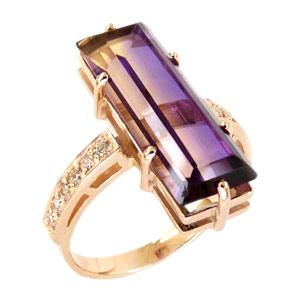 Красивое кольцо из золота с аметрином и фианитами