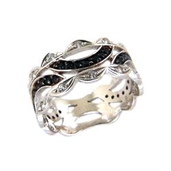 Кольцо из белого золота с черными и белыми фианитами