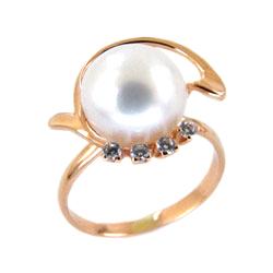 Кольцо из золота с белым жемчугом и фианитами