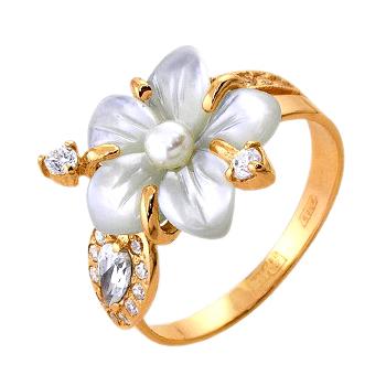 Кольцо из золота с белым перламутром в виде цветка, жемчугом и фианитами