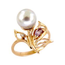 Кольцо из золота с жемчугом, аметистом и фианитом