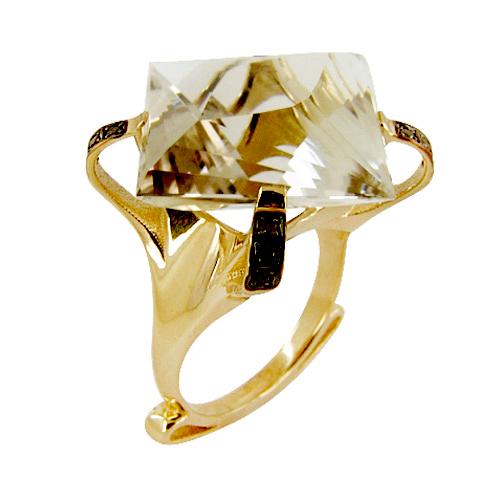 Кольцо из золота с дымчатым кварцем и черными бриллиантами